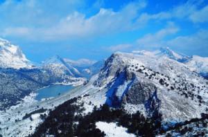 Sierra de Tramuntana con nieve en Invierno