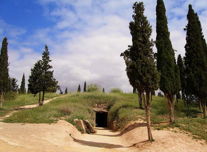 Dolmen El Romeral
