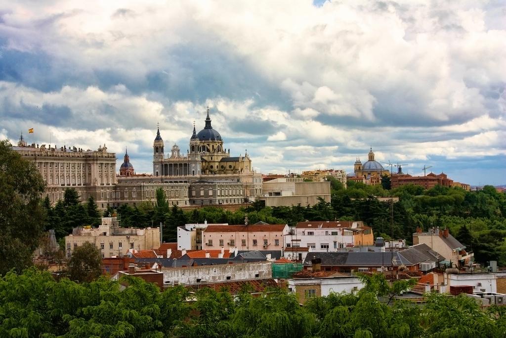 Top 10 terrazas madrid y miradores madrid blog record go for Terraza sabatini madrid