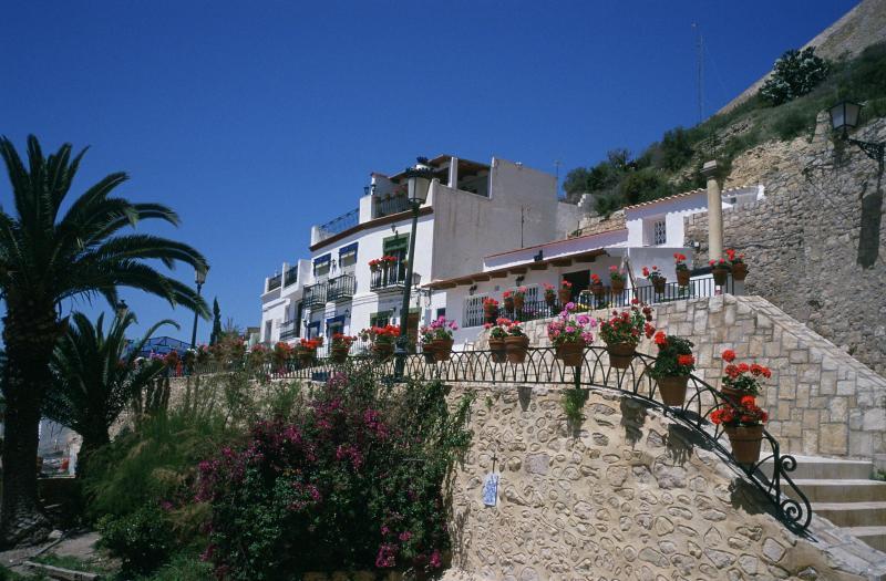 Rincones de Alicante: El Barrio de Santa Cruz