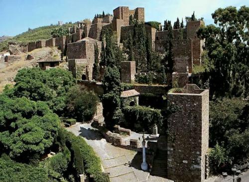 Lugares con mucha Historia: La Alcazaba y el Gibralfaro, en Málaga