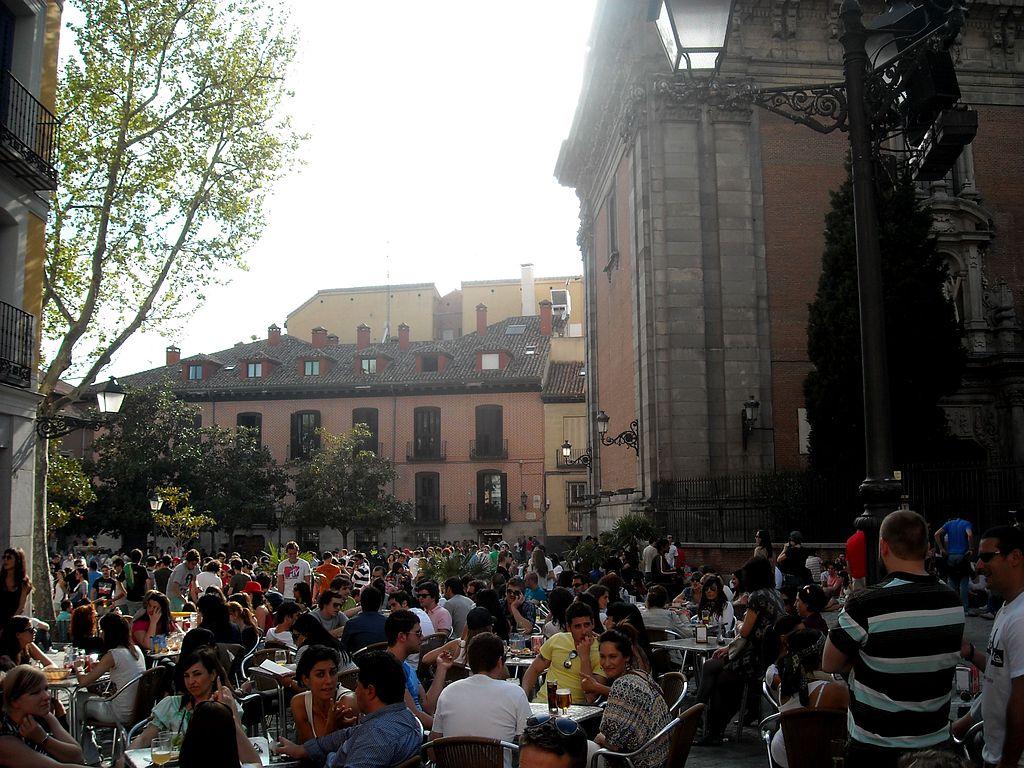Un domingo de cañas por La Latina