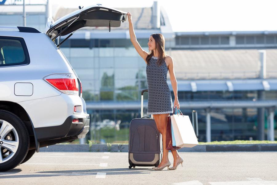 Alquilar coche sin franquicia: claves para elegir la mejor cobertura