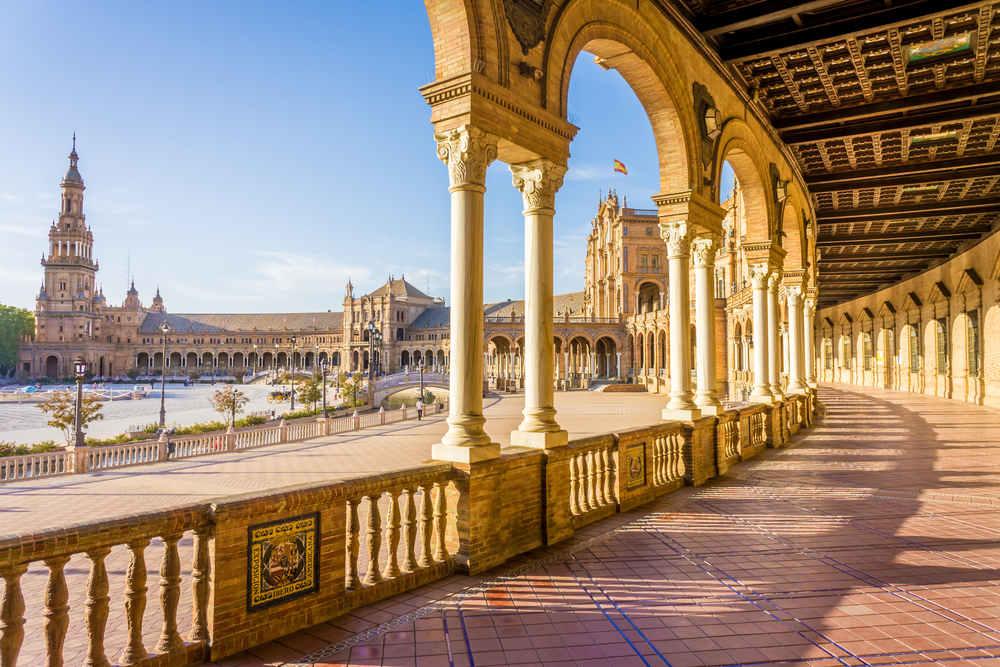 Dónde alquilar un coche en el aeropuerto de Sevilla
