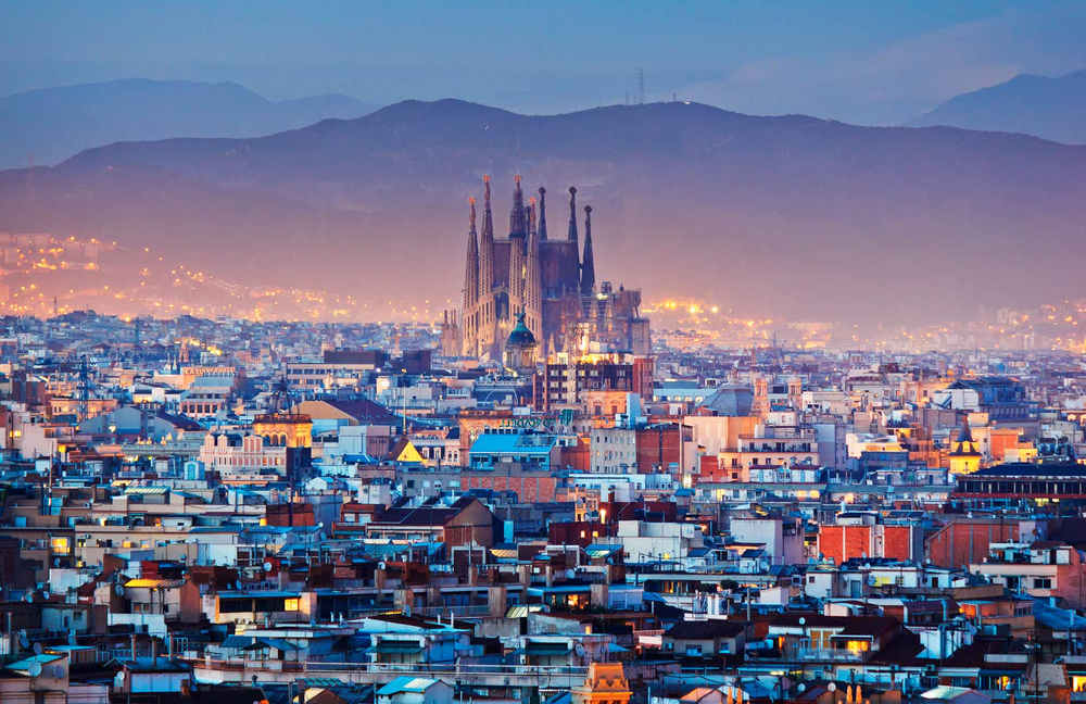 Visit Barcelona in 3 days!