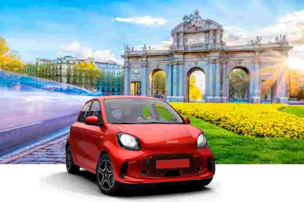 Book your electric car rental with Record go and explore Madrid
