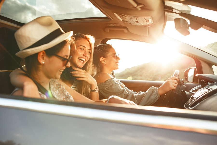 Servicio de alquiler de coche en Ibiza con Meet and Greet