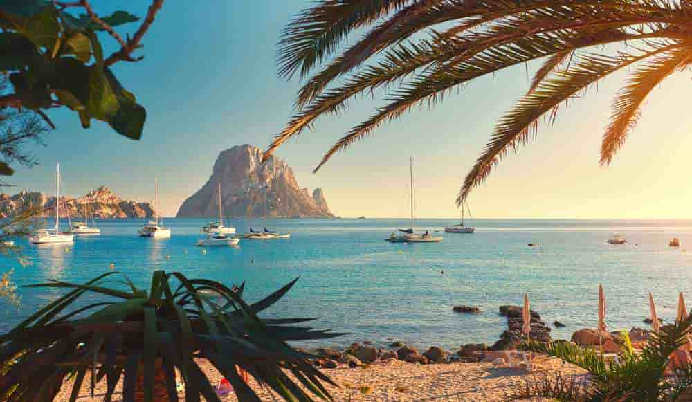 Hiring a car in Ibiza without a credit cardwithRecordgo